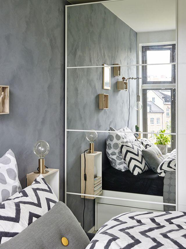 Vivir en un pequeño apartamento es casi una misión imposible, una vez te instalas es una completa maravilla pero hasta que colocas todo es una tarea complicadísima de espacio, de almacenaje de ver com