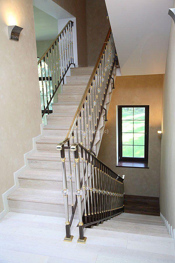 Ограждение лестницы в загородном доме - «Mercury Forge» #stairs #decor # home #grandeforge #paris #mercuryforge #лестницы #ограждения #париж #москва #дом #интерьер