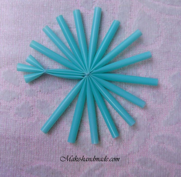 straw snowflake - picture tutorial