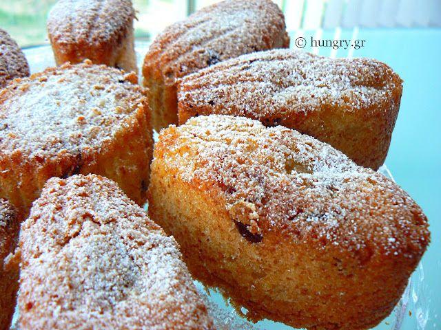 Kitchen Stori.es: Μίνι Κέικ Μήλου με κρανμπερις