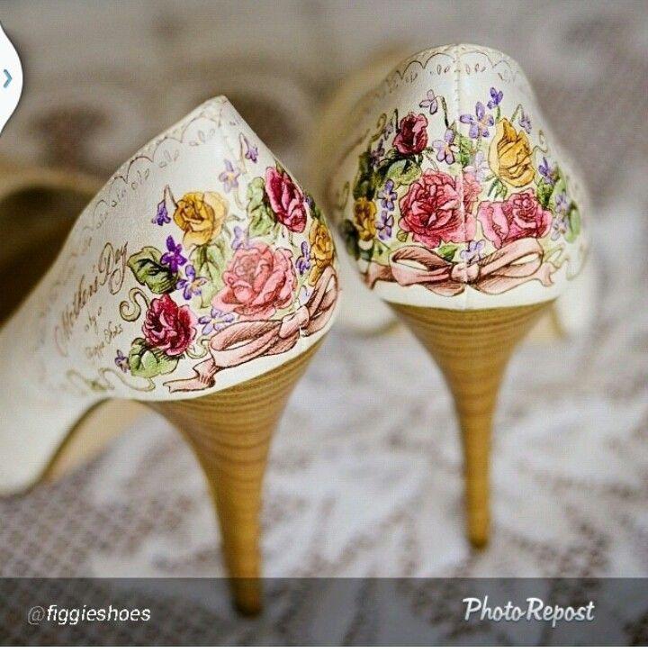 Amazing floral wedding heels