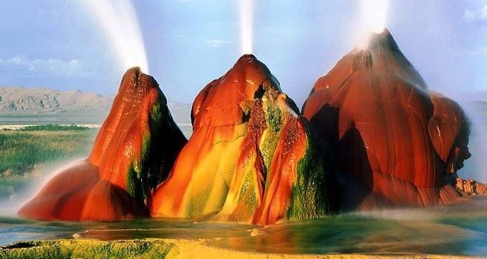 Fly Geyser In Black Rock Desert: Nevada's Coolest Attraction