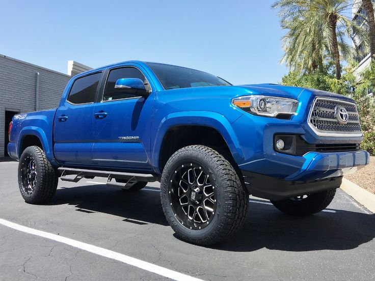 "2016 Toyota Tacoma TRD 4x4 Sport in Blazing Blue Pearl | 20x9 XD Seried Grenade | 275/60R20 Toyo Open Country ATII | Traxda 3"" Front & 1"" Rear Leveling Kit"