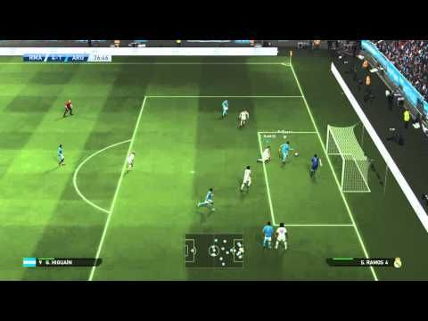 Pro Evolution Soccer 2015 casillas