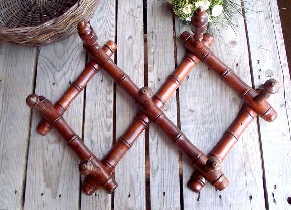 Les 25 meilleures id es concernant faux bambou sur pinterest commodes peint - Porte manteau bambou ...
