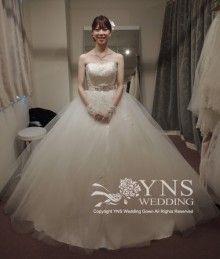 オーダーウェディングドレスのYNS WEDDING