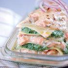 Een heerlijk recept: Lasagne met zalm en spinazie. Maar dan wel met glutenvrije pastadeeg...