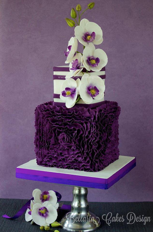 Purple Colour Cake Images : 25+ best ideas about Purple wedding cakes on Pinterest ...