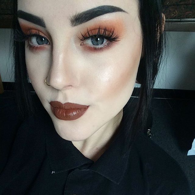 Punkin head Eyeshadow: @limecrimemakeup Venus palettesLips: @colourpopcosmetics in 'tansy' Brows