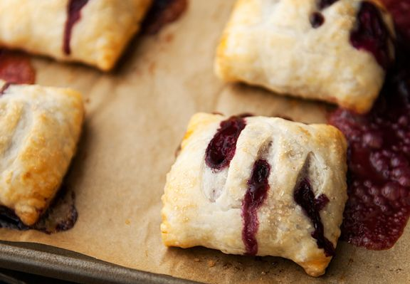 Blueberry Hand Pies ~T~ Love these little hand pies. Perfect for a summer outing. The lemon zest and juice, plus the cinnamon really give these a great flavor.