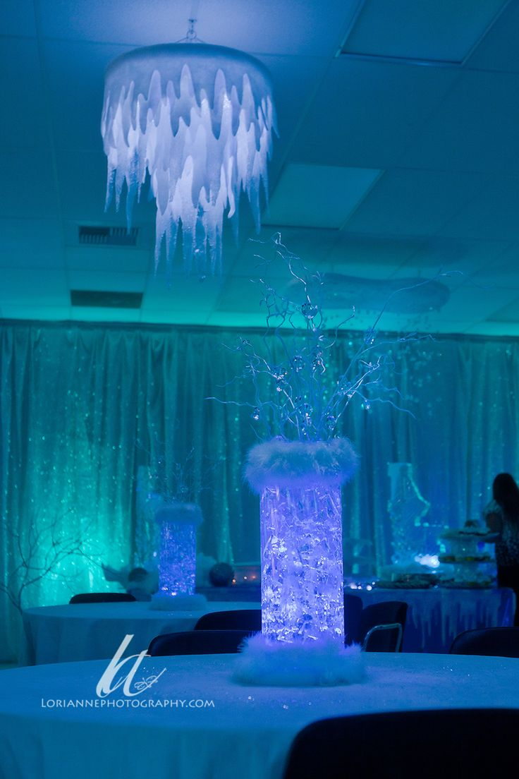 icicle chandelier- i will try this..... don't know if i can find the hula hoops in the middle of winter