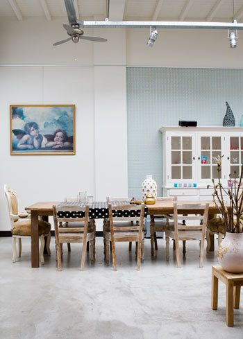 les dalles des chateaux modern floor tiles for your dining room from the ricchetti collection