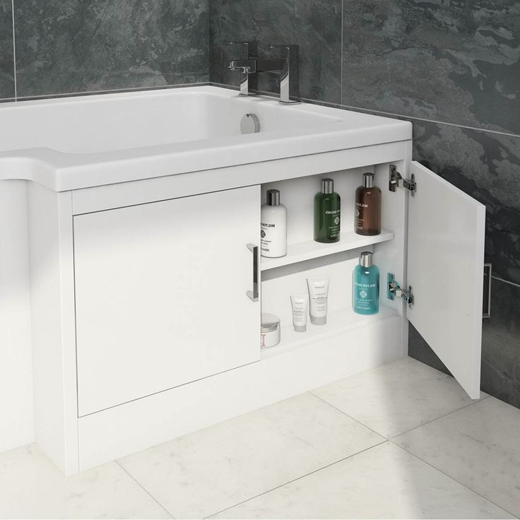 See our water saving L shaped shower bath with storage bath panel plus many more shower baths at VictoriaPlum.com. Plus 365 day no quibble returns. - £269