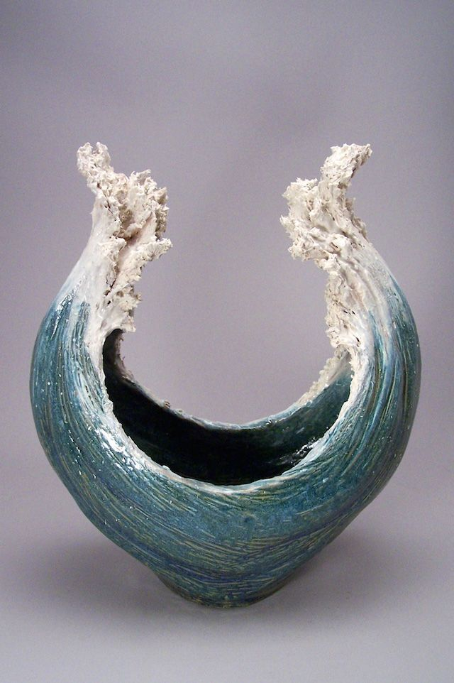 Ocean-Inspired Ceramic Sculptures Resemble Cresting Waves - My Modern Met                                                                                                                                                     More