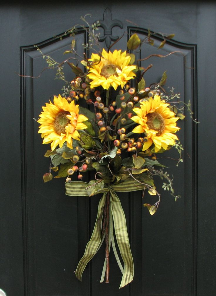 Sunflower Bouquet Front Door Decor Summer Wreath by twoinspireyou, $85.00