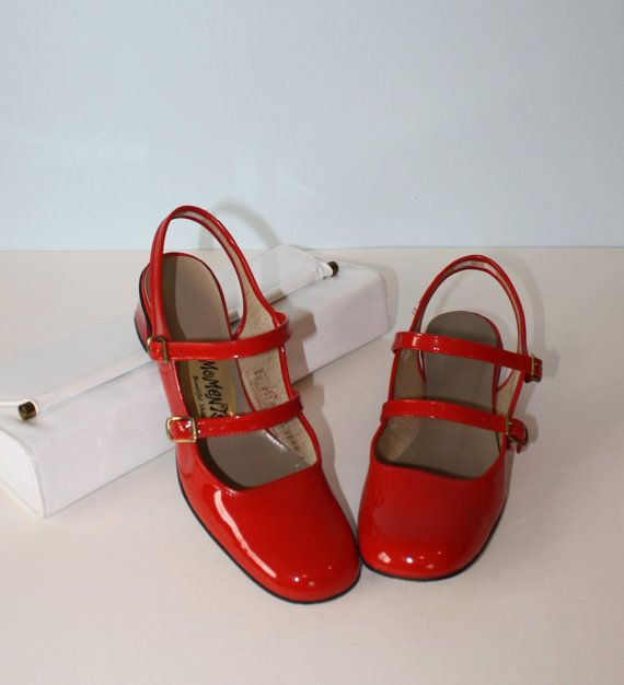 1960s Shoes / Vintage Red Patent Mary Jane