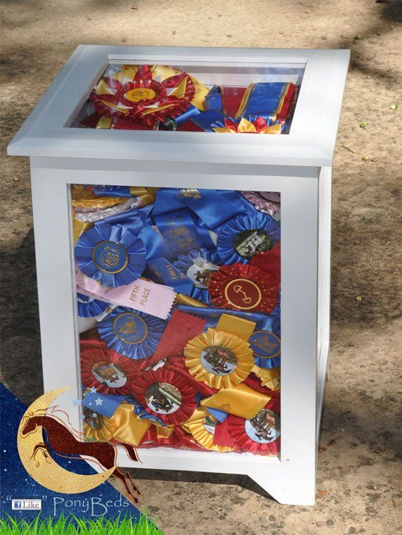 Nightstand display table for your ribbons. From: http://www.facebook.com/PonyBeds