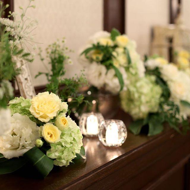 アンティークのフォトフレームと小花を合わせた ナチュラルコーディネート #ナチュラルウェディング #神戸セントモルガン教会 #セントモルガン教会 #ウェディング #wedding #コーディネート #結婚式 #神戸 #神戸結婚式 #プレ花嫁 #関西プレ花嫁