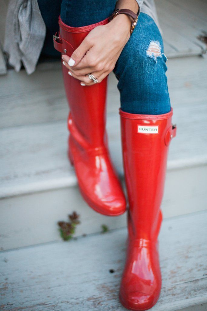 Style // How to Style Hunter Boots - Lauren McBride