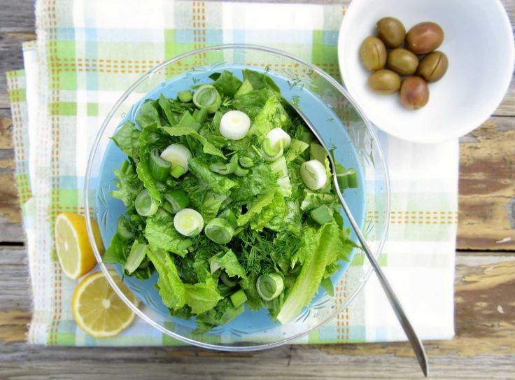 Simple Greek Lettuce Salad Only 5 ingredients are needed for this simple salad. It will make you fall in love with its crunchy and airy texture. Perfect side salad to meat dishes.