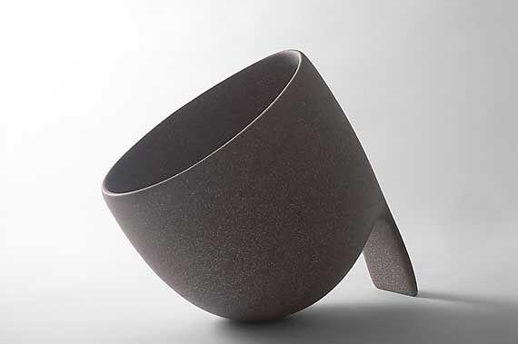 www.ceramicstoday.com potw images Deirdre_McLoughlin 5_2003.jpg