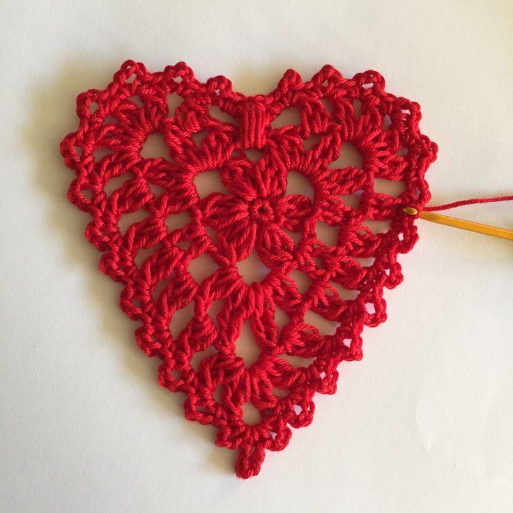 Asombroso Los Patrones De Ganchillo Bufanda Gratuitas Corazón Rojo ...