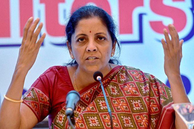 India elige por primera vez a una mujer para dirigir el Ministerio de Defensa