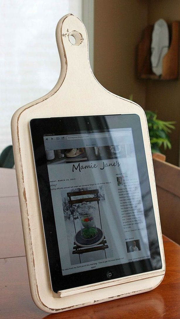 DIY Kitchen Tablet Holder ♥ #Love-------------- I love it too--been needing one and wanting one and now I can make one. Thanks!