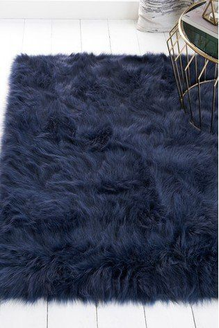 A Luxurious Cosy Touch To Your Ambience Our Faux Fur Navy Rug Adds A Classic Vintage Inspired Edge To Your Home