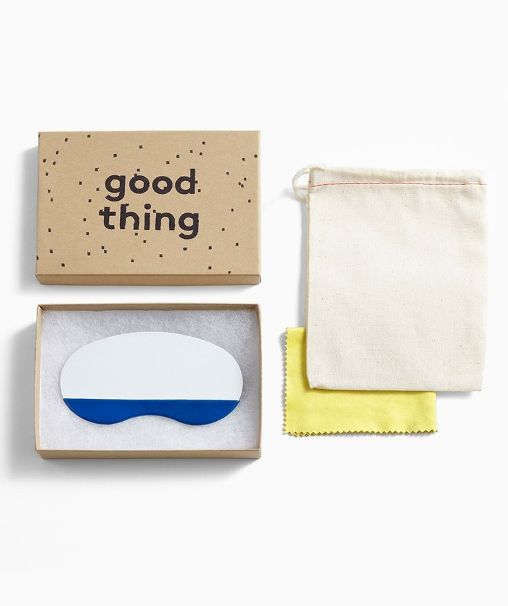 Super cute and a handy size for gifting this pocket mask utility mirror is made by polishing a piece of stainless steel to a mirror finish and dipping it in industrial rubber tool grip. Perfect for gifting! | huntingforgeorge.com