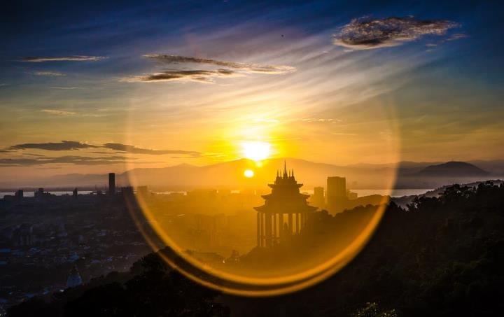 Catch The Sunrise Flare At Air Itam Dam. Image Credit: Chuang Kwong Sheuan.  | Through A Photographeru0027s Eyes | Pinterest | The Sunrise, Sunrises And  Flare