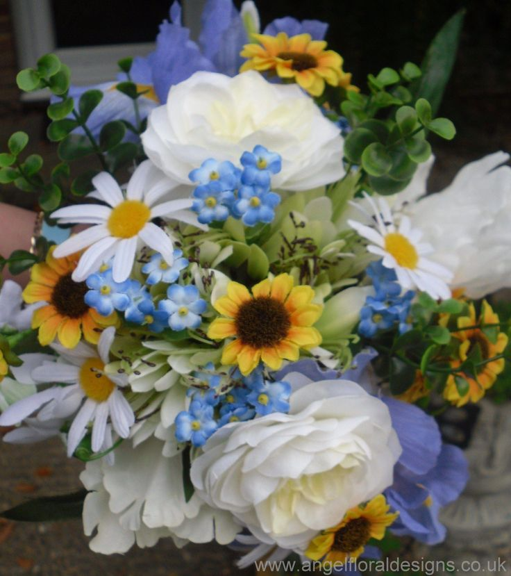 Wedding Bouquets Not Flowers: Bridal Bouquet With Mini Sunflowers, Daisies, Roses
