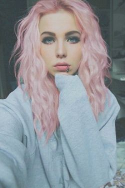 pretty girl vintage Model Grunge pastel pink hair dyed hair pale ...
