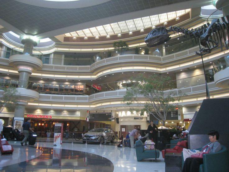 A Tour of Atlanta International Airport ... - YouTube