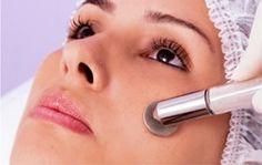 Peeling de diamante é um tratamento de pele quem tem o poder de retirar marcas deixadas por cravos e espinhas. Saiba mais sobre esse tratamento.