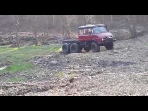 Unimog 6x6 doka - YouTube