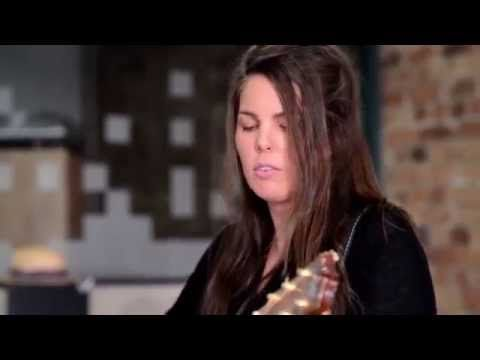 Watch Mel Parsons' 13th Floor Video Session | The 13th Floor