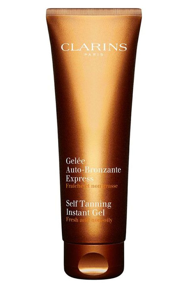 Love this Clarins self tanning instant gel! Streak-free, non-oily and  dries quickly.