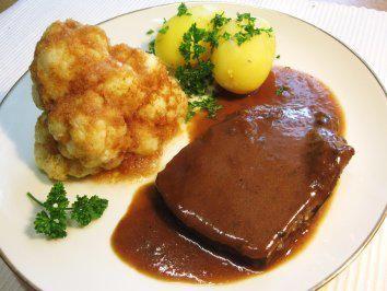 Das perfekte Burgunderbraten - außergewöhnlich lecker-Rezept mit einfacher Schritt-für-Schritt-Anleitung: Das Fleisch unter kaltem Wasser abspülen…