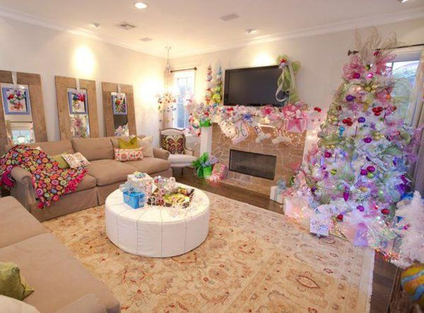 Christmas Decorating with the Stars