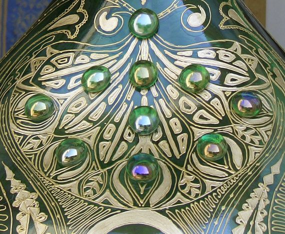 Nice detail of one of my demijohns... (by Viola Redecker, ViReDesign)