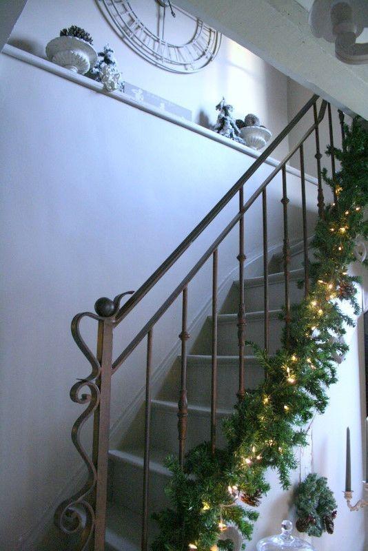 25 best ideas about etagere en fer sur pinterest meuble en fer tuyau tag res et. Black Bedroom Furniture Sets. Home Design Ideas