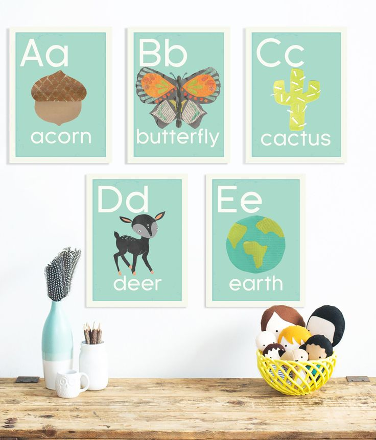 This set of English alphabet wall cards are beautifully crafted using recycled materials and eco friendly inks. With boho style animals and nature-themed designs, our gender neutral colors fit any hom