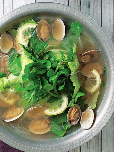 Recipe : あさりとクレソンの鍋/おだやかな昆布だしをアジアっぽいアレンジに #レシピ #Recipe