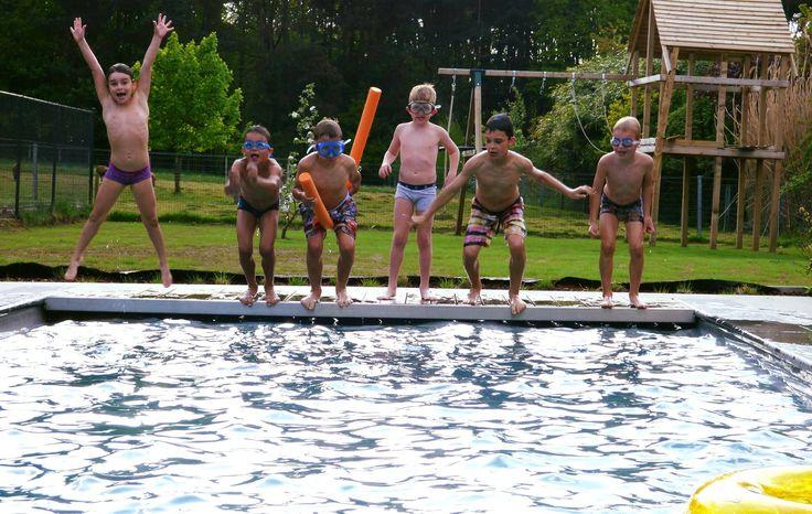 Zon of geen zon...steeds plezier voor jong en oud want in ons Leisure Pools zwembad was het nooit te koud! #FUN Natalie Jacobs
