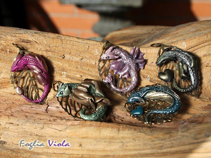 Dragon Pendant - handmade with love of fantasy (and baby dragon!)   #dragon #drago #dragonology #collection #art #design #unique #ooak #handmade #enchanted #magic #fantasy #head #testa #sculpt #necklace #collana #jewelry #monili #gioielli #pendente #pendant #ring #fogliaviolastyle