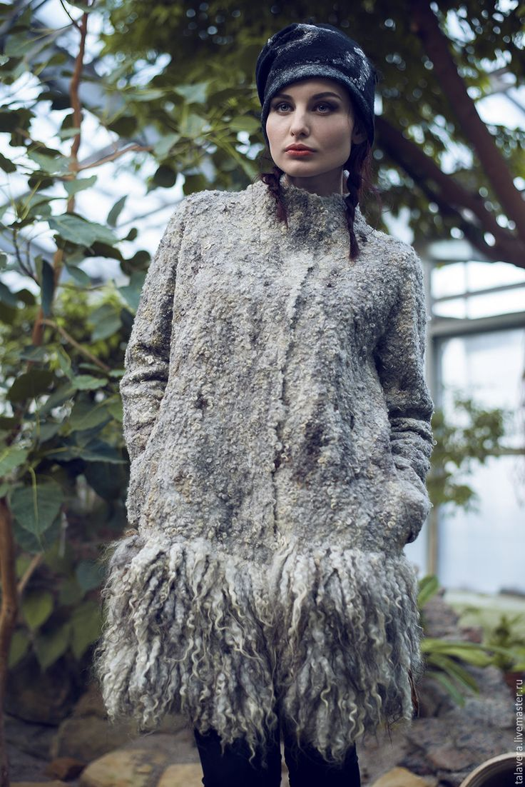 """Купить """"Валькирия"""" - пальто валяное - серый, пальто женское, пальто валяное, пальто каракуль, каракуль"""