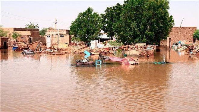 ارتفاع جديد في حصيلة ضحايا الفيضانات بالسودان أعلنت وزارة الداخلية السودانية اليوم الأربعاء ارتفاع السودان فيضانات Www Alayyam Info In 2020 Devastation Sudan Canal