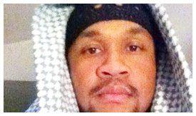 Bertemu Islam di penjara, Atas nama rasa benci tersebut, ia kemudian mendaftarkan diri menjadi anggota tentara Angkatan Darat Amerika Serikat agar bisa dikirim ke Tim...