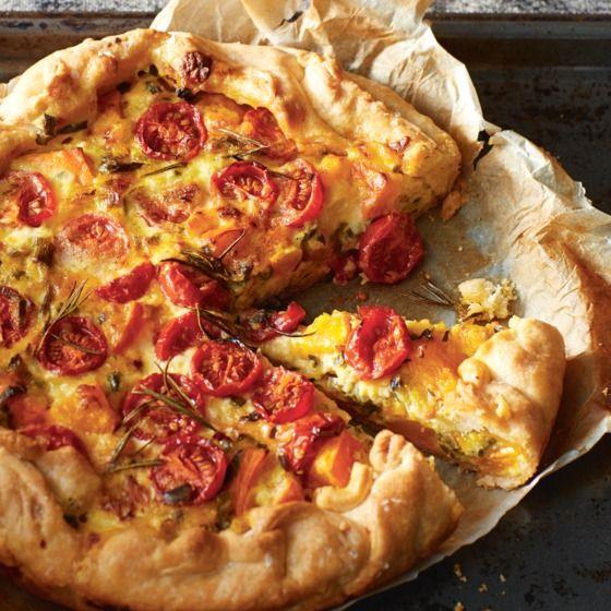 Pompoenquiche en geitenkaas en tomaatjes